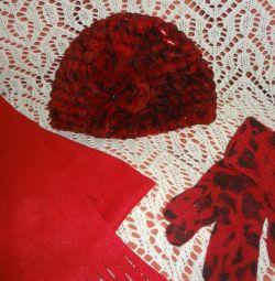 Καπέλο - πλεκτό μπουτόν με γάντια και κασκόλ
