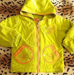 Курточка на весну-осень на девочку 3- 4 года