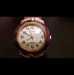 Годинники наручні кварцові. Нові.