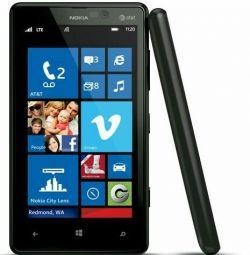 Nokia Lumia 820. BOO