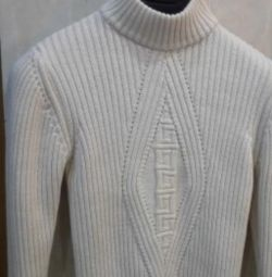 Продам свитер primoemporio