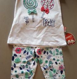 Set of T-shirt pants. New ones.