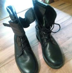 Bertsa leather OMON boots