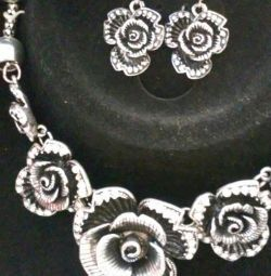 Necklace with studs