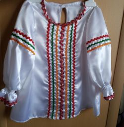 Bluză în stil slav