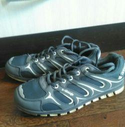 Ανδρικά πάνινα παπούτσια, προχωρήστε σε προφίλ