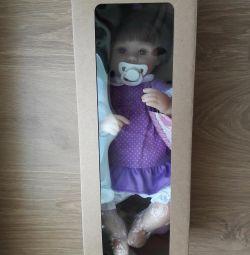 Αναγεννημένη κούκλα νέα στο κουτί