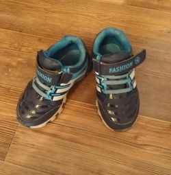 Παιδικά πάνινα παπούτσια 26