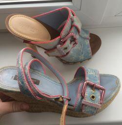 Τα παπούτσια και τα σανδάλια της Louis Vuitton