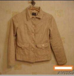 Куртка утепленная. светлая р 42-44 новая ф. oggi