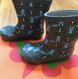 Rubber boots, size 23