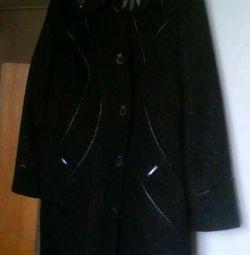 Чeрное весеннее нарядно-выходное пальто, 52-54 р-р