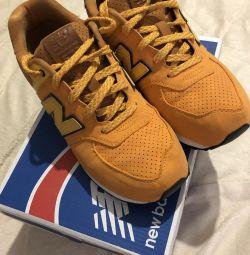 New Balance spor ayakkabısı orijinal