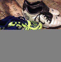 Αθλητικά παπούτσια Adidas και nike