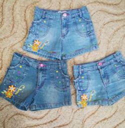 Pantaloni scurți folosite