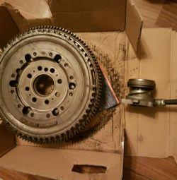 Coupling disk + flywheel and vyzhimny bearing