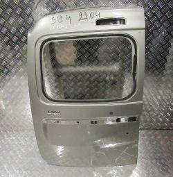 Двері багажника ліва Lada Largus oem 901015964R (вм'ятина) (скл-3)