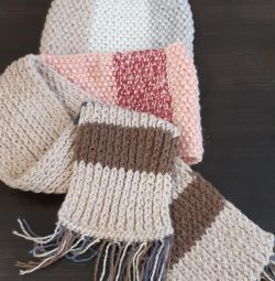 Snud, a warm scarf for a child