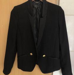 Чeрный пиджак Mango