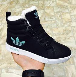 χειμωνιάτικα παπούτσια