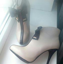 Νέο άνοιξη μπότες γυναικών