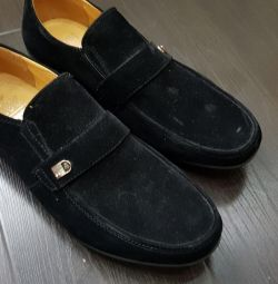Moccasin shoes shoes