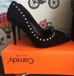 νέα παπούτσια