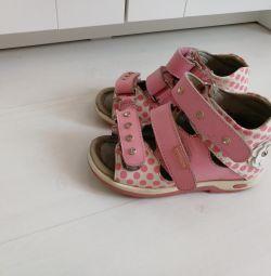 Сандалі туфлі ортопедичні р. 28