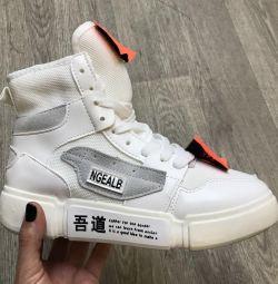 Белые высокие женские кроссовки NGeale 37,38,39