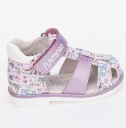 Kız sandalet