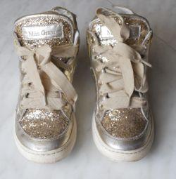 Αθλητικά παπούτσια (Miss Grant) (Vera Pelle) σελ. 31-34