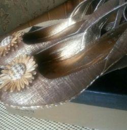 Туфлі літні нові