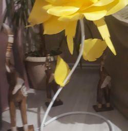 Lampa de trandafir