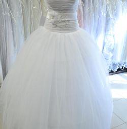 нове весільну сукню розмір 44-46-48