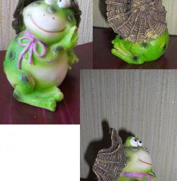 Kurbağa heykelcik.