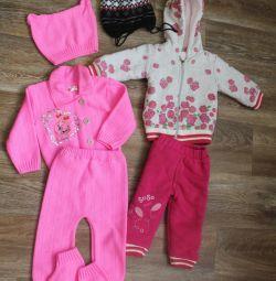 Pachet de lucruri pentru o fată (6-12 luni)