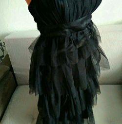 Роскошное чёрное вечернее платье