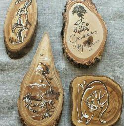 Panou din lemn tăiat.