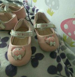 Туфильки для малышки didi