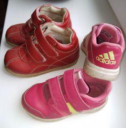Красовки и ботинки детские 24р