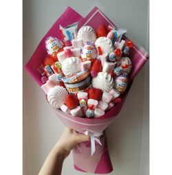 Bouquets of marshmallow and sweets to order