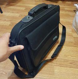 Dizüstü bilgisayar çantası 15.6