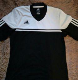 Adidas L T-shirt