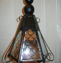 Lanternă cu lampă