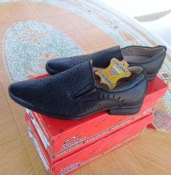 Νέα παπούτσια 33