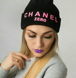 шапка Chanel
