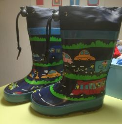 Rubber boots