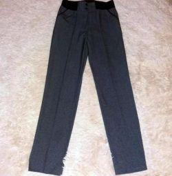 Νέα ευθεία παντελόνια με ελαστική
