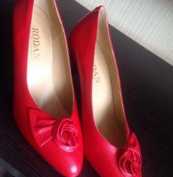 Model Shoes