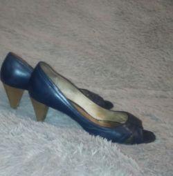 Pantofi din piele naturală albastră